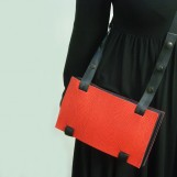 Maria Hees | Packet bag red